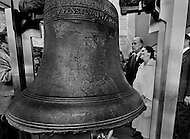 Philadelphia, Pennsylvania, USA. May 19,1976. Valery Giscard D'Estaing, visit the Liberty Bell