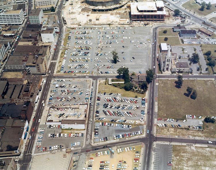 1970 June 01..Redevelopment.Downtown North (R-8)..CAPTION..Millie Boyer.NEG# MB70-1-29.NRHA#..