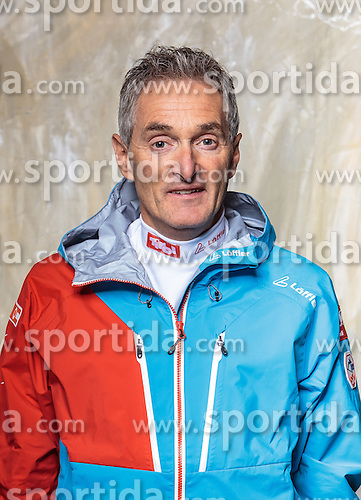08.10.2016, Olympia Eisstadion, Innsbruck, AUT, OeSV Einkleidung Winterkollektion, Portraits 2016, im Bild Wolfgang Egger, Behindertensport // during the Outfitting of the Ski Austria Winter Collection and official Portrait Photoshooting at the Olympia Eisstadion in Innsbruck, Austria on 2016/10/08. EXPA Pictures © 2016, PhotoCredit: EXPA/ JFK