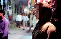 Libyan Arab Jamahiriya   .Tripoli       June 2002. The Medina  Souk Al-Turk .A manikin with the Islamic veil.Libia Tripoli  Giugno 2002.La Medina,   Souk Al-Turk .Un manichino con il velo islamico..