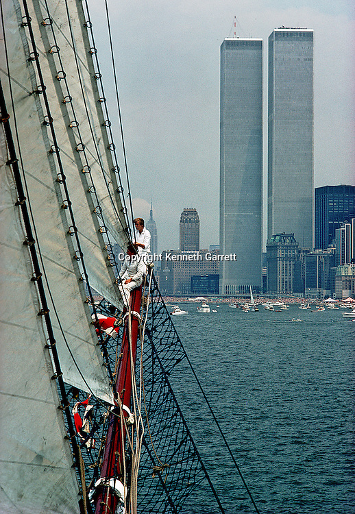Square Rigger; Sail race; Operation Sail Tall Ships; Sail Training Association; US Bicentennial; Atlantic Ocean; adventure; STA; 1976; Seamanship; cadet training; Sagres; New York City; NYC; Hudson River