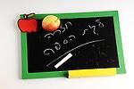 Back to School, school, apple,board,בית ספר,תפוח,לוח