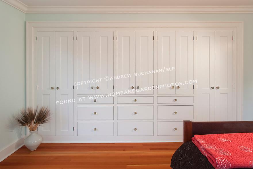 df018860 interior shaker cabinet