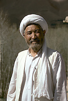 The Number two of Hizb-e-Wahdat Islami in 1995. .The Spiritual and political Leader of the Hazara  is Abdul Karim Khalili. .The day Khalili was elect by the Hazara Shoura in Mazar e Sharif, they flight by helicopter to Yakawlang and Khalili become the successor of Mazari. ..Abdul Karim Khalili is son of Mohammad Aslam. Karim Khalili was born in 1329 H.S. (1950) in Qol-e-Khesh Behsud. It means, a part of Behsud district, province of Maidan. Today Abdul Karim Khalili is the current Leader of Hizb-e-Wahdat and Vice President of Afghanistan...Abdul Ali Mazari was born 1946 in the village of Charkint, south of the city of Mizar-i-Shrief, in northern Afghanistan, into a Hazara family. That is the reason he used surname Mazari..He studied theology in Qom, Iran. There he got involved in the Mujahideen resistance movement against the Russians in Afghanistan. He was one of the leading figures in unifying the Hazara resistance parties into one unified party, Hizb-i-wahdat (Unity Party). This party played a leading and positive role in voicing and fighting for the oppressed Hazara people of Afghanistan. During the civil war it held all the Hazara-populated areas in Afghanistan. He was highly respected figure among the Hazaras, for he had given them a voice and pride, he was affectionately called Baba (father) Mazari and Ustad (teacher) Mazari..During the siege of Kabul, the Talibans lured him for negotiations and then brutally killed him on Sunday 21/12/1373 (March 11 1995). His funeral procession march on foot from Kabul to Bamiyan and then Mazar-i-Sharif, where he was buried.