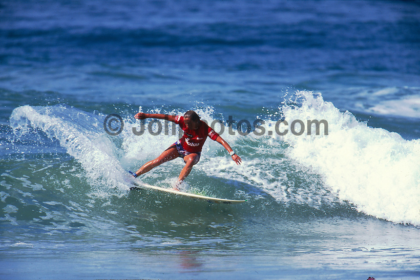 Layne Beachley (AUS) 1st Diet Coke Surf Classic New South Wales Australia 1999. Photo:  joliphotos.com