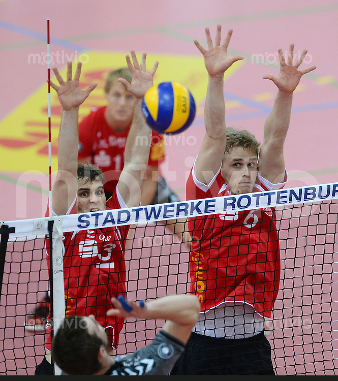 Volleyball 1. Bundesliga  Saison 2015/2016 TV Rottenburg -  Netzhoppers KW Bestensee          24.10.2015 Philipp Jankowski (TV Rottenburg,li) und Friederich Nagel (TV Rottenburg,re) im Block