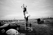 Swiebodzin 21.11.2010 Poland<br /> Preparation for the celebration of the official dedication of the largest statue of Jesus Christ on the world.A giant statue of Jesus Christ is seen in Swiebodzin, 110 km (68 miles) west of Poznan, western Poland. A statue of Jesus Christ that its builders say will be the largest in the world is rising from a Polish cabbage field and local officials hope it will become a beacon for tourists.<br /> Photo: Adam Lach / Newsweek Polska / Napo Images<br /> <br /> Przygotowania do  obchodow oficjalnego poswiecenia najwiekszego pomnika Chrystusa na swiecie.<br /> Najwiekszy na swiecie posag Jezusa Chrystusa. Ufundowal go lokalny ksiadz w Swiebodzinie, Sylwester Zawadzki.<br /> Fot: Adam Lach / Newsweek Polska / Napo Images