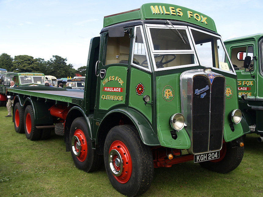 Classic lorries – Specialist Car and Vehicle