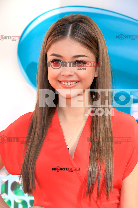 Sarah Hyland at Nickelodeon's 25th Annual Kids' Choice Awards at The Galen Center on March 31, 2012 in Los Angeles, California. © mpi26/MediaPunch Inc.