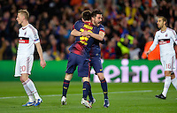 FUSSBALL  CHAMPIONS LEAGUE  ACHTELFINALE  RUECKSPIEL  2012/2013      FC Barcelona  - AC Mailand      13.03.2013 JUBEL Barca ;  David Villa (re) umarmen  Torschuetze zum 1-0 Lionel Messi
