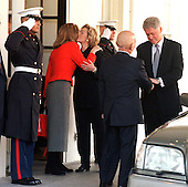 United States President Bill Clinton and first lady Hillary Rodham Clinton say farewell to King Hussein and Queen Noor of Jordan after the latter's visit to the White House in Washington, D.C. on January 5, 1999..Credit: Ron Sachs / CNP