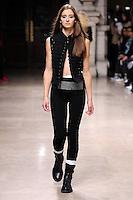 OCT 01 AF VANDEVORST at Paris Fashion Week