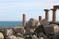 Temple C, 6th-5th century BC, on the acropolis of Selinunte, Sicily, Italy. Skyline to the sea in the background. Picture by Manuel Cohen