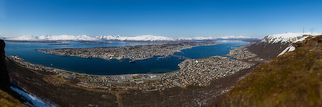 A very high resolution panorama of Troms&oslash; shot late May 2014.<br /> <br /> The original image is 52 Gigapixels, and is the largest photo ever produced in Norway. The full image can be seen here: http://www2.arcticlightphoto.no/pano/tos52/