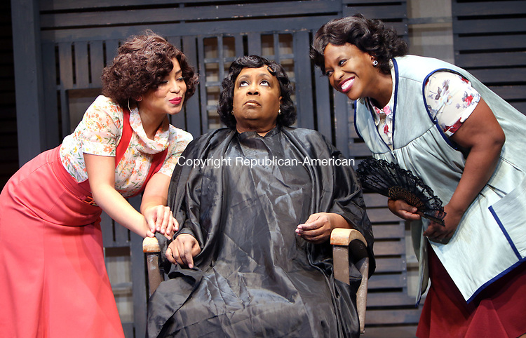 WATERBURY CT. 09 May 2017-050917SV18-From left, Cherry Torres playing Ella, Miche Braden playing Billie, and Yewande Odetoyinbo playing Roz during rehearsal of Trav&rsquo;lin-The 1930s Harlem Musical at Seven Angels Theater in Waterbury Tuesday. <br /> Steven Valenti Republican-American