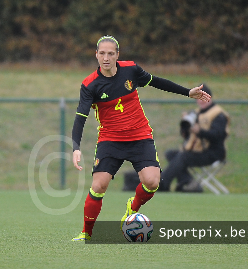 20161023 - TUBIZE , BELGIUM : Belgian Maud Coutereels pictured during a friendly game between the women teams of the Belgian Red Flames and Russia at complex Euro 2000 in Tubize , Sunday 23 October 2016 ,  PHOTO Dirk Vuylsteke | Sportpix.Be