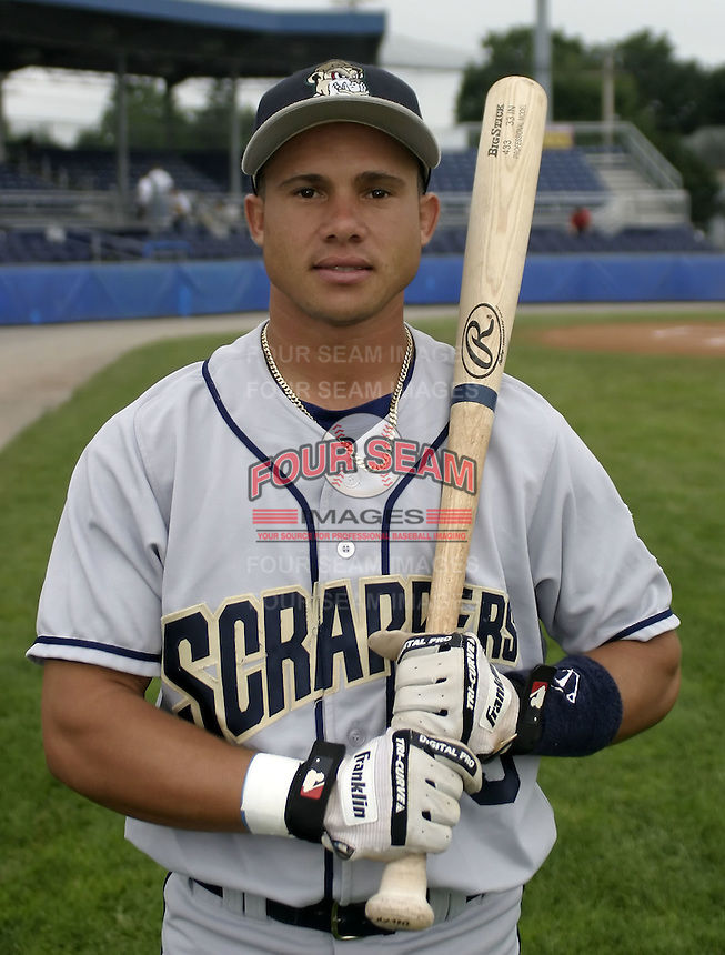 July 26, 2004:  Argenis Reyes of the Mahoning Valley Scrappers, Short-Season Low-A NY-Penn League affiliate of the Cleveland Indians, during a game at Dwyer Stadium in Batavia, NY.  Photo by:  Mike Janes/Four Seam Images