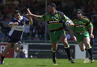 Sport , Rugby, Zurich Championship, 01/06/2002, Bristol v Northampton, Agustin Pichot left, counters Andrew Blowers hand off, by palming Blowers hand away.   [Mandatory Credit, Peter Spurier/ Intersport Images].