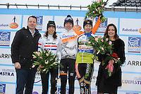WIELRENNEN: SURHUISTERVEEN: 02-01-2016, Centrumcross, Helen Wyman ENGELAND, winnares Anna van der Breggen HASSELT, Joyce Vanderbeken ZWEVEGEM (BEL), ©foto Martin de Jong