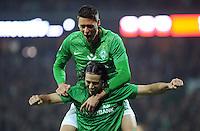FUSSBALL   1. BUNDESLIGA   SAISON 2011/2012    12. SPIELTAG SV Werder Bremen - 1. FC Koeln                              05.11.2011 Claudio PIZARRO und Sandro WAGNER (beide Bremen) jubeln nach dem 3:2