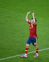 FUSSBALL  EUROPAMEISTERSCHAFT 2012   VORRUNDE Spanien - Irland                     14.06.2012 Torjubel nach dem 2:0: David Silva (Spanien)