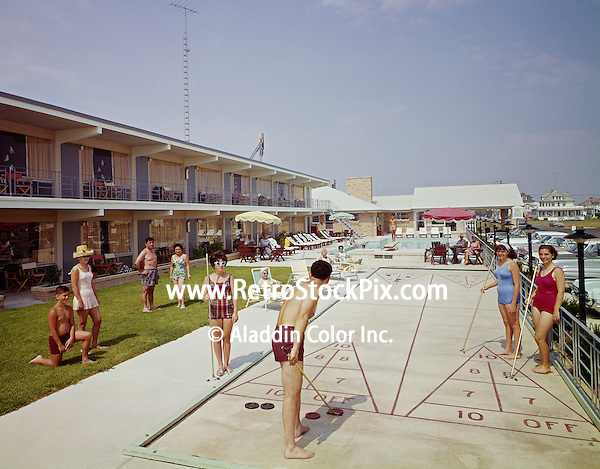 Cara Mara Motel Wildwood, NJ. Families playing shuffleboard.