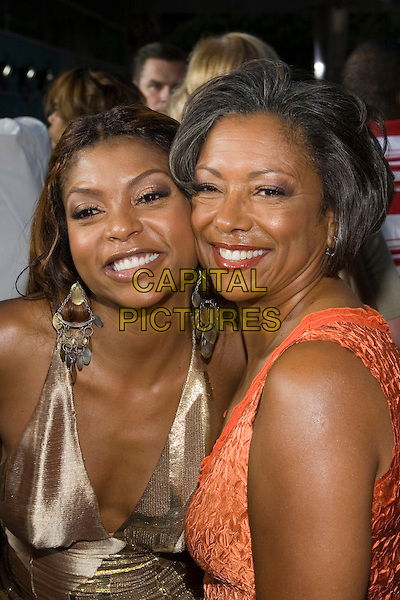 "TARAJI HENSON & MOTHER.At the ""Hustle & Flow"" Los Angeles Film Premiere,.held at the Arclight Cinerama Dome, .Hollywood, California, USA, 20th July 2005..portrait headshot family daughter mom mum.Ref: ADM.www.capitalpictures.com.sales@capitalpictures.com.©Zach Lipp/AdMedia/Capital Pictures."