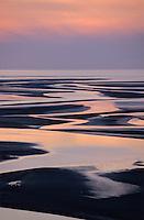Europe/France/Normandie/Basse-Normandie/50/Manche/Env Saint-Michel-de-Montjoie:Baie du  Mont Saint-Michel et bras de mer à marée basse au soleil couchant  -  Vue aérienne