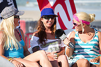 The last leg of the 2010 PKRA World Kiteboarding Tour has come to the Gold Coast, Australia - The Australian girls, Shannon Ducker & Michelle England get interviewed for Kitelife TV http://www.kitelife.com.au/