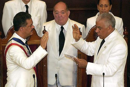 Wikileaks: ¿Qué ocurrió el día en que Hipólito reconoció la victoria de Leonel?