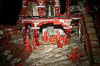 presepe creato dall'artigiano del corallo Platimiro Fiorenza, recentemente iscritto dall&rsquo;UNESCO fra i Tesori Umani Viventi nel Libro dei Saperi del Registro delle Eredit&agrave; Immateriali, per la sua antica e prestigiosa tradizione artigiana.<br /> Crib created by Platimiro Fiorenza, artisan working coral , recently registered with the UNESCO Living Human Treasures in the Book of Knowledge of the Register of Intangible Heritage, for his ancient and prestigious tradition of craftsmanship
