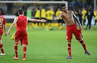 FUSSBALL   1. BUNDESLIGA   SAISON 2011/2012   30. SPIELTAG Borussia Dortmund - FC Bayern Muenchen            11.04.2012 Franck Ribery und Luiz Gustavo (v.l, beide FC Bayern Muenchen) sind nach dem Abpfiff enttaeuscht