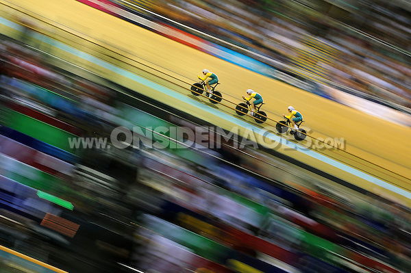 The Australia pursuit team competes in the Men's 4000m Team Pursuit Gold medal Final. Day one, Glasgow 2014 Commonwealth Games, Track Cycling, on July 24, 2014 at the Sir Chris Hoy Velodrome in Glasgow, Scotland. Photo by: Patrick Khachfe / Onside Images