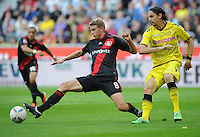 FUSSBALL   1. BUNDESLIGA   SAISON 2011/2012    4. SPIELTAG Bayer 04 Leverkusen - Borussia Dortmund              27.08.2011 Lars BENDER (li, Leverkusen) gegen Neven SUBOTIC (re, Dortmund)
