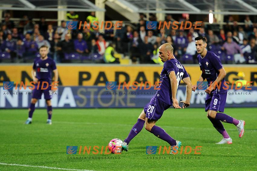 Borja Valero Fiorentina gol 2-0 Goal celebration <br /> Firenze 04-10-2015 Stadio Artemio Franchi Football Calcio Serie A 2015/2016 Fiorentina - Atalanta Foto Andrea Staccioli / Insidefoto