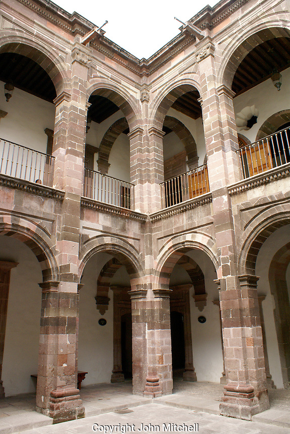 Interior courtyard of the Casa Allende or Museo Historico de San Miguel de Allende in San Miguel de Allende, Mexico. San Miguel de Allende is a UNESCO World Heritage Site.....