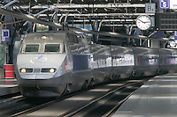 SNCF Reseau trainset 4518 in Brussels-South Station.