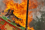 Shansi Gong's boat burning, April 12th 2002