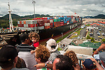 PANAMA CANAL LOCKS / CANAL DE PANAM¡.Photography by Aaron Sosa.Panama City, Panama 2010.(Copyright © Aaron Sosa)