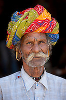 Indian man wearing traditional Rajasthani turban in Sadri town in Pali District of Rajasthan, Western India