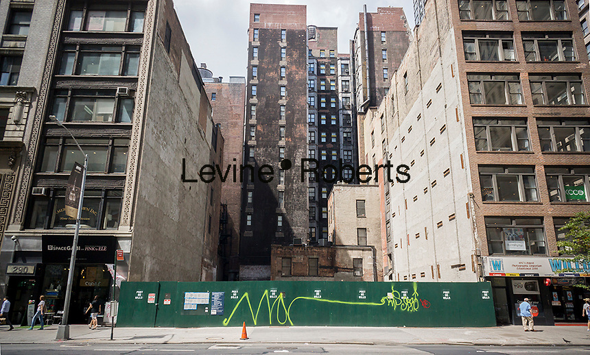 A soon to be developed construction site on Lower fifth Avenue in New York on Friday, August 26, 2016. (© Richard B. Levine)