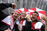 FUSSBALL   SAISON 2011/2012   CHAMPIONS LEAGUE FINALE FC Bayern Muenchen - FC Chelsea  19.05.2012 Fans vom FC Bayern Muenchen