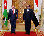 Egyptian President Abdel Fattah al-Sisi and  Jordan's King Abdullah II pose for a photo before a meeting in the Egyptian capital Cairo, on May 17, 2017. Photo by Egyptian President Office