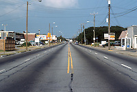 1989 September 03.Conservation.Cottage Line...10TH - 11TH  BAY.LOOKING WEST DOWN EAST OCEAN VIEW AVENUE...NEG#.NRHA#..