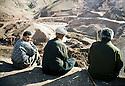 Irak 2000. Construction d'un barrage pres de Zakho.      Iraq 2000.  A dam under construction near Zakho