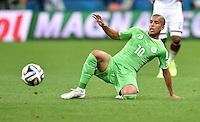 FUSSBALL WM 2014                ACHTELFINALE Deutschland - Algerien               30.06.2014 Sofiane Feghouli (Algerien) am Ball
