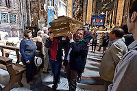 Roma, 29 Settembre  2015<br /> Funerale della partigiana Lucia Ottobrini, decorata con Medaglia d'argento al Valor militare, era ritenuta la gappista pi&ugrave; odiata da Kappler,comandante della Gestapo a Roma. Insieme al marito Mario Fiorentini, e ad altri partigiani, avevano ideato l'attentato di Via Rasella.<br /> Rome, 29 September 2015<br /> Funeral of partisan Lucia Ottobrini, decorated with Silver Medal for Military Valour, was considered the most hated Gappista by Kappler, commander of the Gestapo in Rome. Together with her husband Mario Fiorentini, and other partisans, had designed military action in Via Rasella.