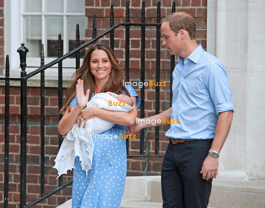 23.07.2013; LONDON : CATHERINE, DUCHESS OF CAMBRIDGE, PRINCE WILLIAM AND NEW BABY<br /> who was born on 22nd July 2013 at 8lbs 4oz, leave the Lindo Wing, St. Mary's Hospital, Paddington,London
