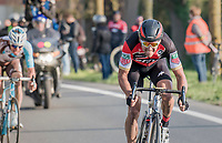 Greg Van Avermaet (BEL/BMC) tries to break free from his 2 rivals in the finale<br /> <br /> 60th E3 Harelbeke (1.UWT)<br /> 1day race: Harelbeke &rsaquo; Harelbeke - BEL (206km)