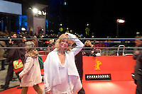 """Goldie Hawn leaves the """"Elegy"""" premiere during day four of the 58th Berlinale International Film Festival held at the Berinale Palast on February 10, 2008 in Berlin, Germany  (Philip Schulte/PressPhotoIntl.com)"""